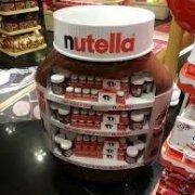 استند فروشگاهی، استند دسر شکلاتی، استند مغاره